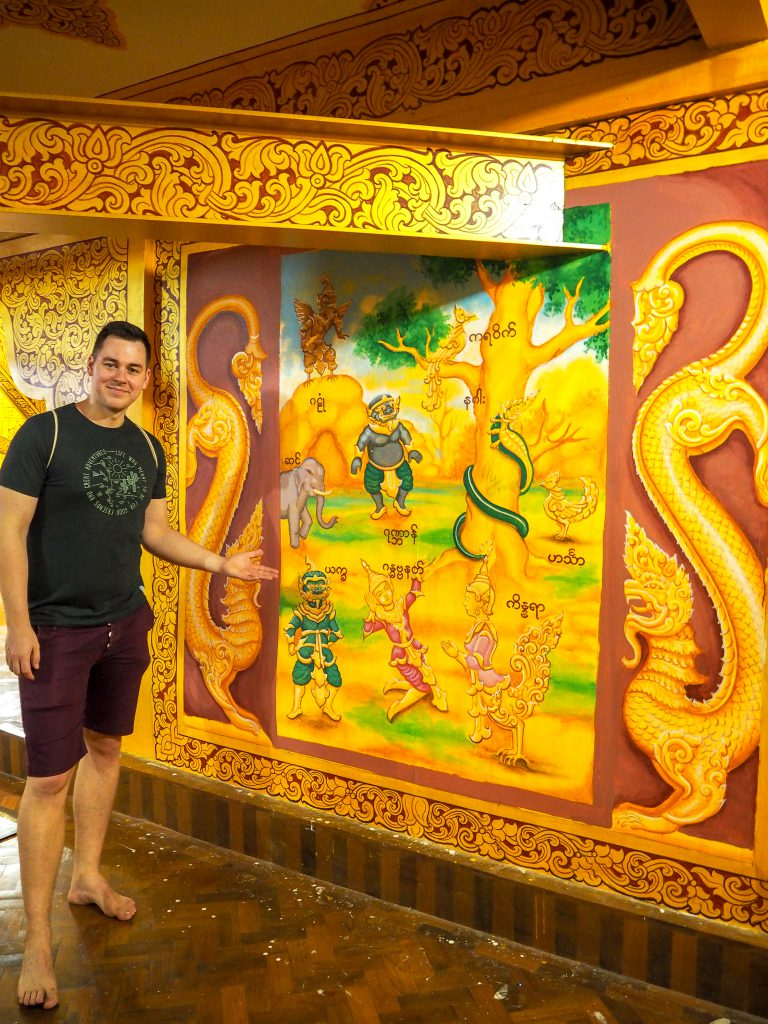 Painting in the tallest buddha